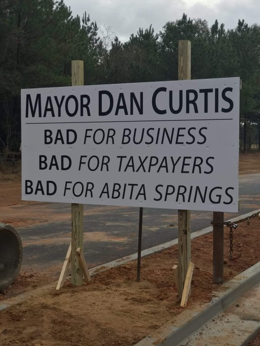 Mayor Dan Curtis Sign